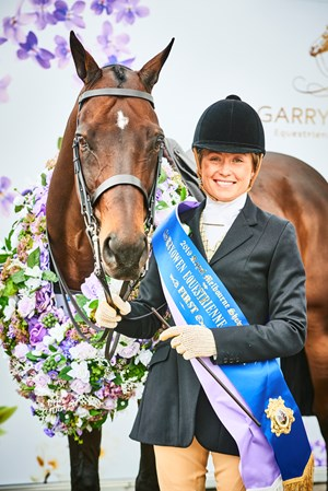 Jessica Stones wins 2019 Garryowen on Mikimoto